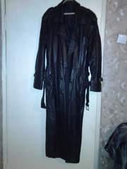 Продам кожаный мужской плащ  52-- бу